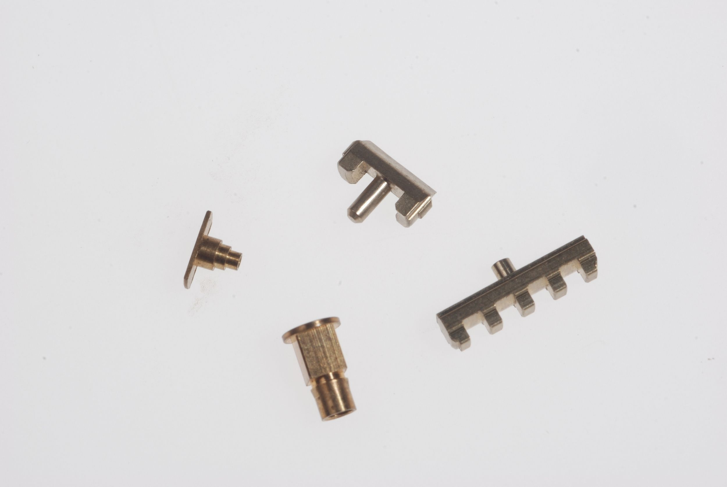Machining precision locksmith parts